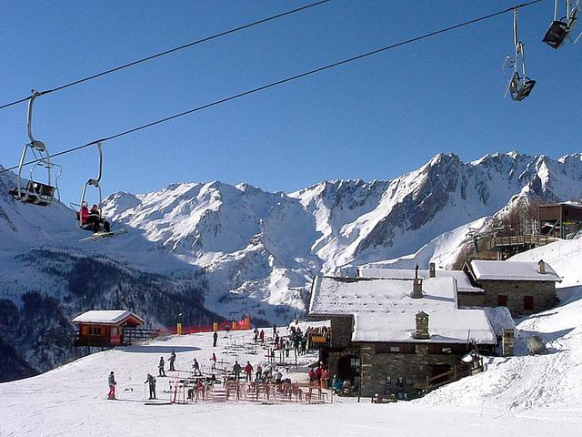 valle-d-aosta-winter